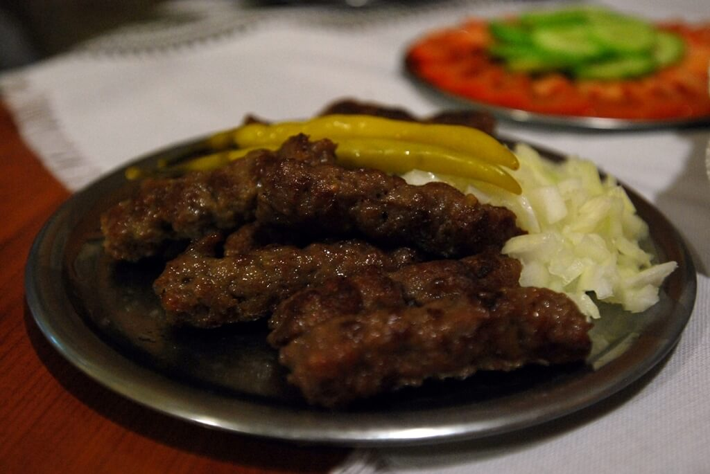 Makedon Kebabı (Üsküp Kebabı(